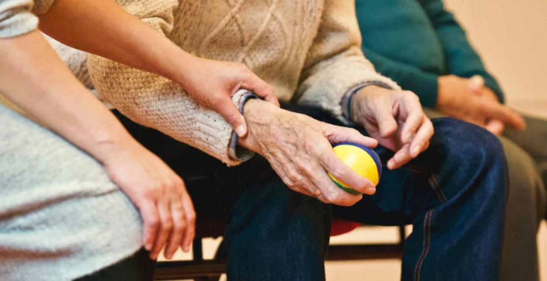 Pflegende Unterstützung für Senioren